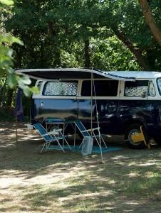 Camping au pied du Mont Chauve
